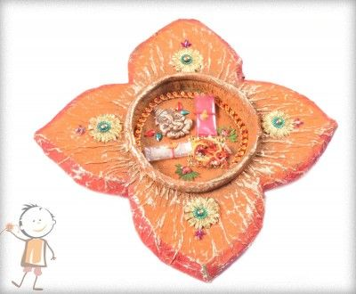 Rakhi Thali - buy online #decorated #rakhi #thali DIVINE GANPATI RAKHI THALI, surprise your loved ones with roli chawal, chocolates and a greeting card as it is also a part of our. http://www.bablarakhi.com/send-rakhi-thali-online/1243-send-divine-ganpati-rakhi-thali.html