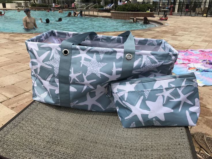 Thirty One gifts large utility tote and cool clip thermal! #starfish
