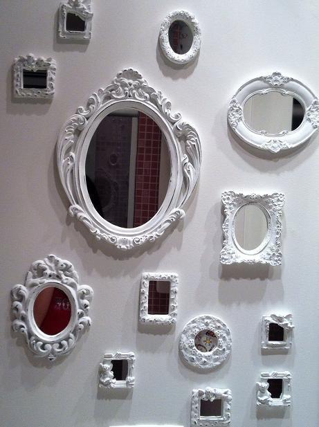 Meu banheiro está no pinterest <3 Papel de parede no quarto feminino + dicas aleatórias | Brincando de Casinha