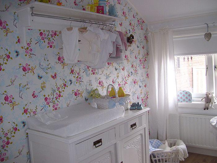 babykamer pip behang