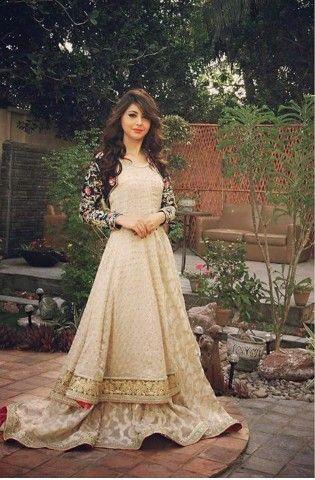 Momal khalid ( board love pakistani dresses)