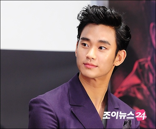 [June 12th 2012] Kim Soo Hyun (김수현) at The Thieves (도둑들) Press Conference #21 #KimSooHyun #SooHyun #TheThieves #Dodookdeul