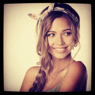 loving this Bandana headpiece #BrandyMelville