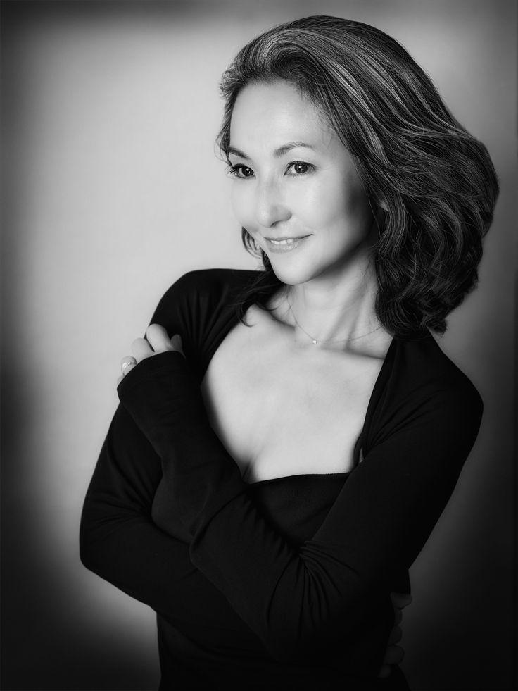 Mayuko GrayHairStyle
