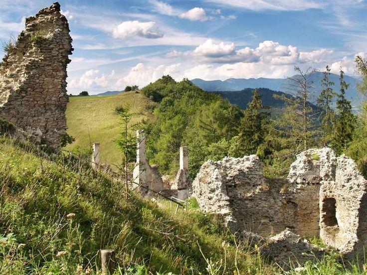 Sklabinský hrad 0