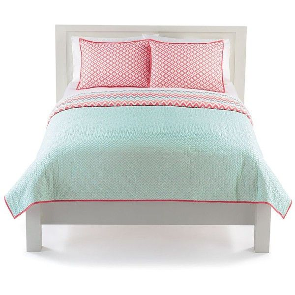 The Big One Chevron Reversible Quilt Set ❤ liked on Polyvore featuring home, bed & bath, bedding, quilts, coral bedding, chevron pattern bedding, chevron bedding, coral chevron bedding and zig zag bedding