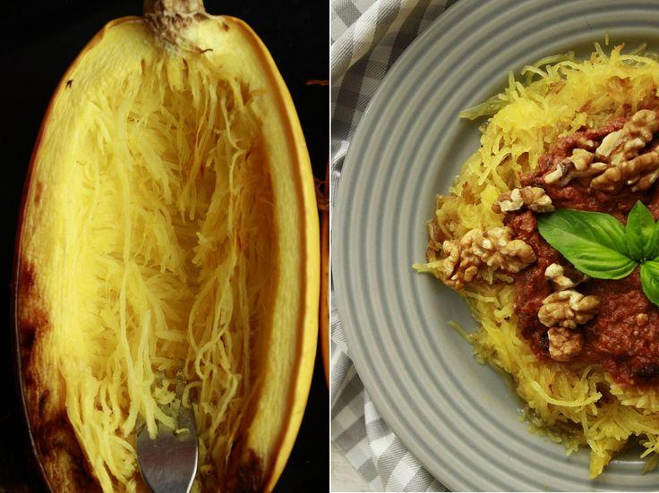 Delicious blog: Špagetová dýně s dvojí rajčatovou omáčkou