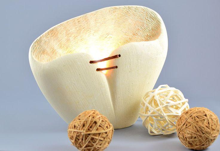 Lampada di design da tavolo in pietra leccese Polimaterico   KRISMAKER