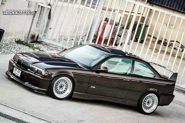 BMW E36 M3 black