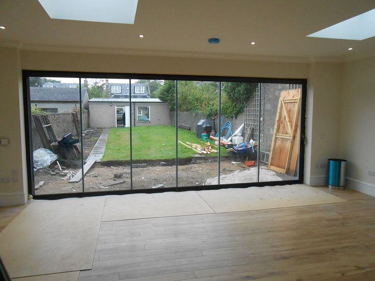 Frameless Double Glazing Frameless Window System Suitable For The Unseasonal British Weather