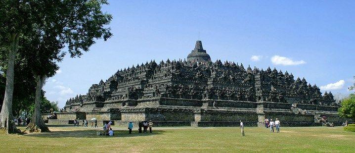 Wisata di objek wisata Candi Borobudur yang bersejarah