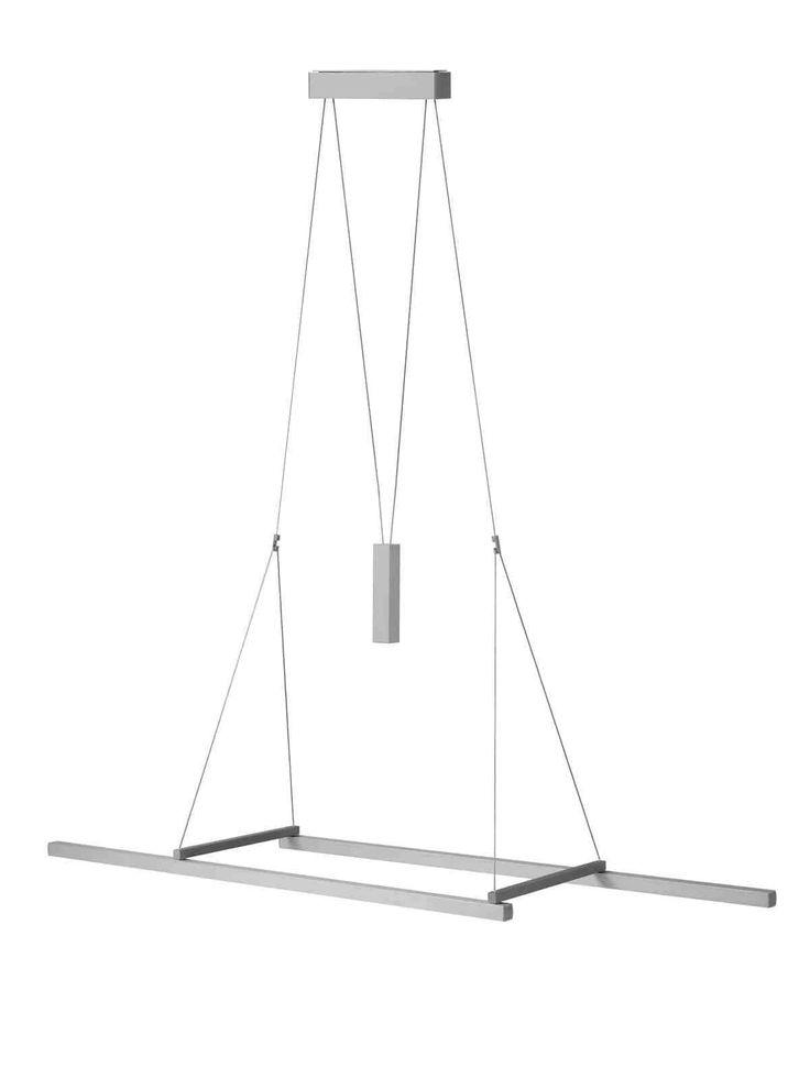 Flexibilität neu gedacht Die Pendelleuchte Squadra ist der Ursprung der Squadra-Serie. Gedanke: Zwei Profile werden durch bewegliche Querstreben zu einer in Breite und Länge verstellbaren Leuchte. Ein darüber pendelndes Gewicht ermöglicht die stufenlose Höhenverstellung. Schwerelos. Die ausgeleuchtete Fläche verändern zu können, und die dezente und zeitgleich spannende Form machen die Squadra aus. Die verfügbaren Längen von 75 und 125 cm …