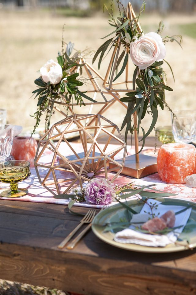 geodes, feathers, and an airstream | Creative Centerpieces ...