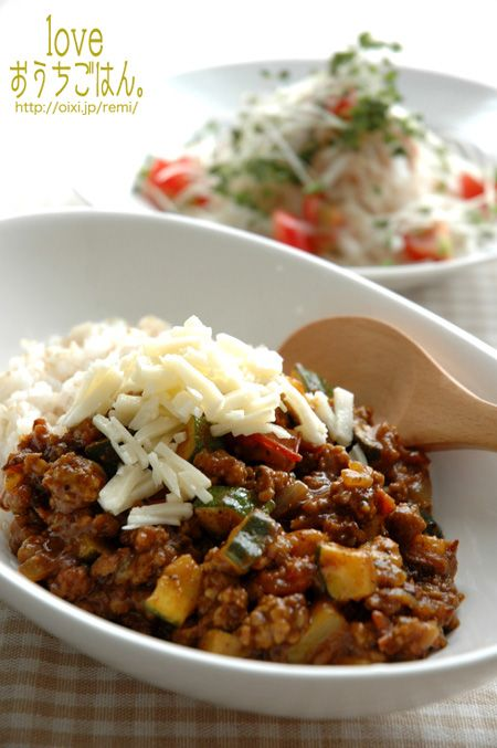 ズッキーニとトマトのキーマカレー。 | 美肌レシピ