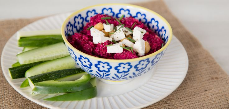 Autumn Hummus with Roasted Beetroot and Apetina