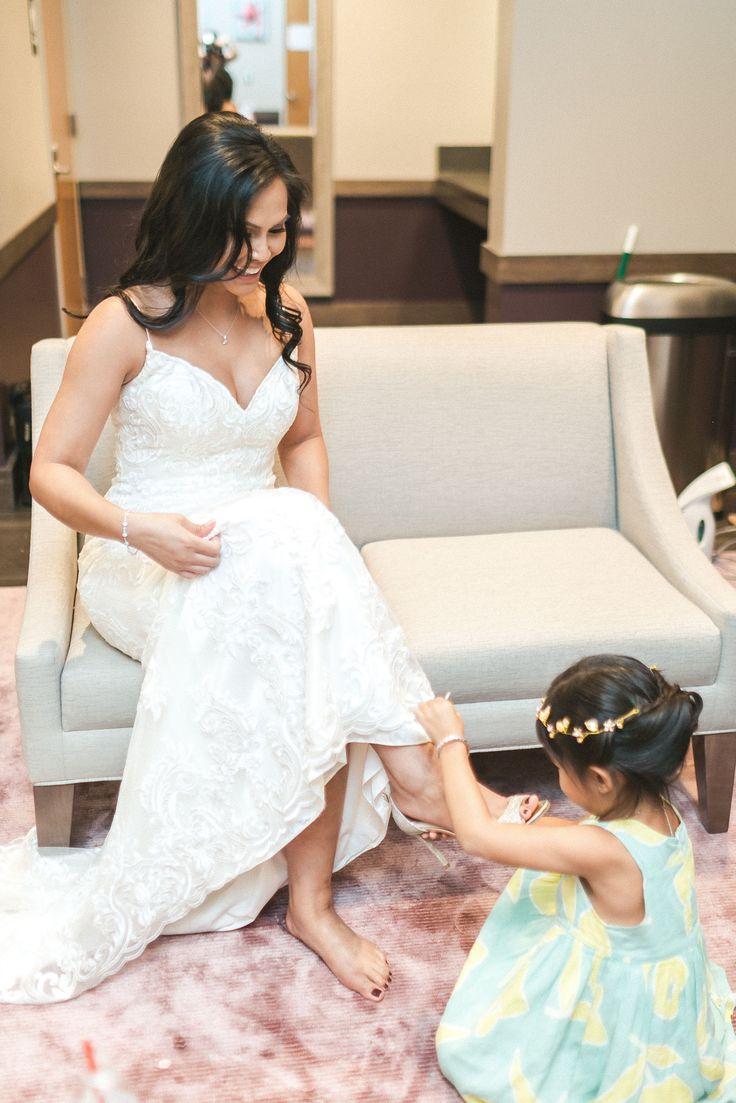Sexy bride dressed then nude : WeddingsGoneWild