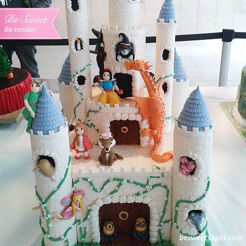 #cake #reposteria #reposteriacreativa #pasteleria #postres #desayuno #cakeflores #flowercake #fondant #cakeinfantiles #reposteria infantil #castillo