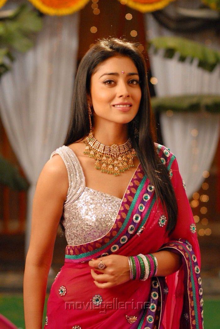 Beautiful Shreya.. For More: www.foundpix.com #Shreya #TeluguActress #Hot #TamilActress #ShreyaSaran