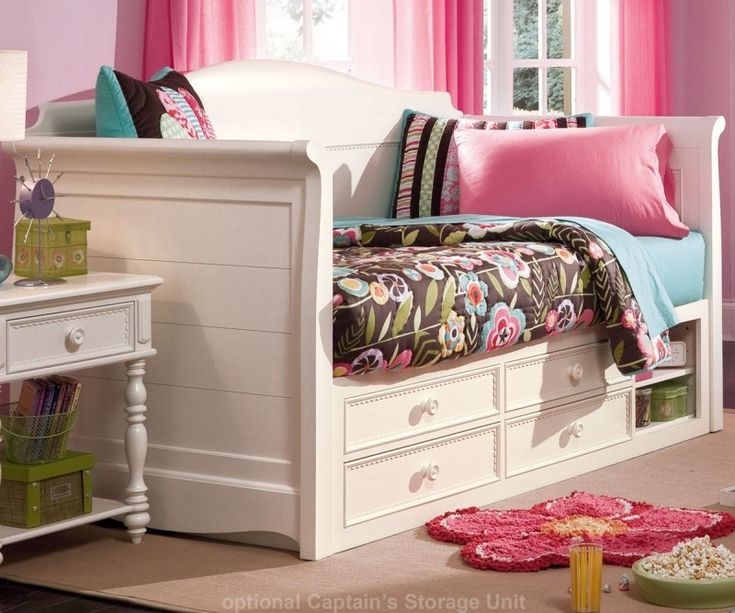 Best 25 Full size daybed ideas on Pinterest Full daybed Daybed