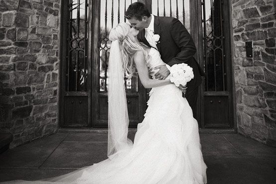wedding photography inspiration: Photos Brideandgroom, Wedding Photography, Photos Ideas, Photo Ideas, Bride Grooms Photos, Wedding Photos, Backyard Weddings, Wedding Engagement Ideas, Photography Ideas