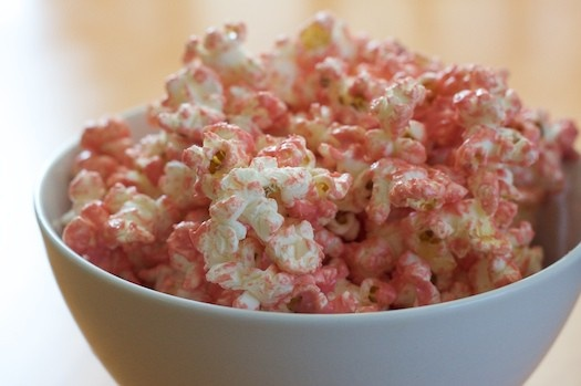 Princess Party foodOlive Oil, Pink Popcorn, Food Colors, Birthday Parties, White Chocolate, Popcorn Recipe, Parties Ideas, Pink Princesses, Pink Parties