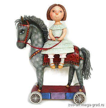 Девочка и лошадь . Скульптура. Дерево . Ручная роспись. 25 х 20 х 8 см…