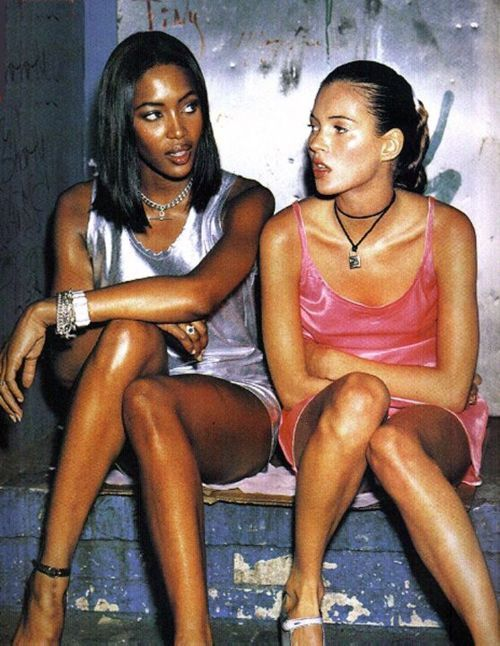 silk dresses. (naomi campbell + kate moss)
