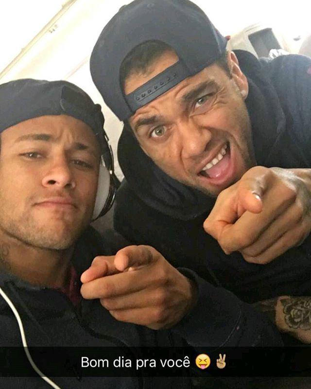 @neymarjr no #SnapChat : neymarjr ✌