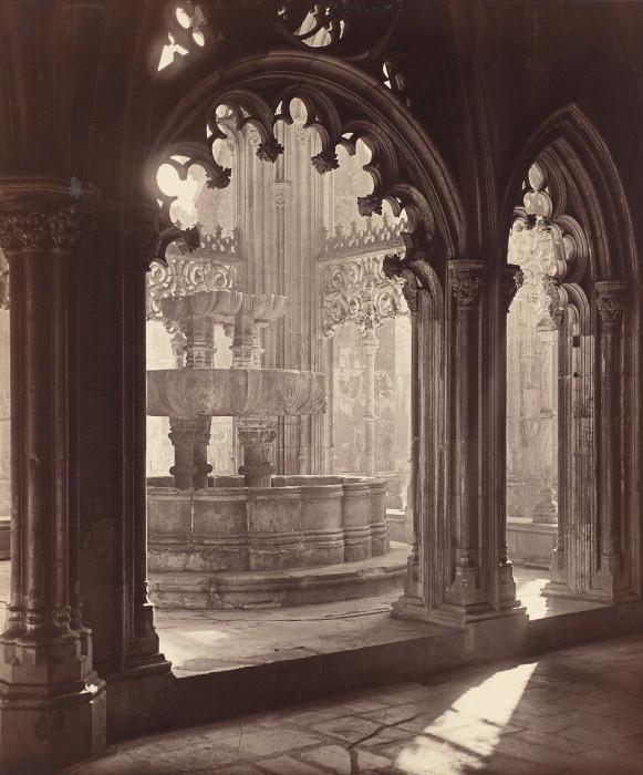 Charles Thurston Thompson, Fountain in the Monastery of Santa Maria da Vitoria, Portugal, taken 1853.