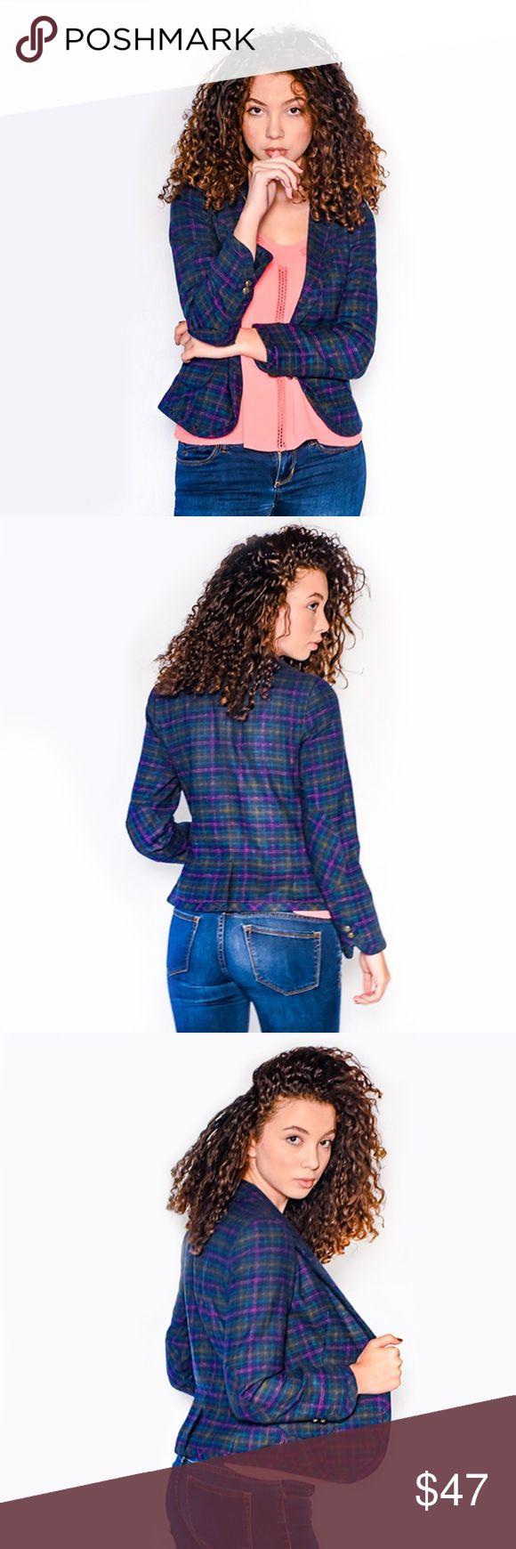 •||NEW||• LONG SLEEVE TARTAN ELBOW-PATCH JACKET Your fabulous style just got chicer with this tartan blazer. Wear day or night as a layering piece for a fabulous look. It features:  Long sleeves Contrast collar One (1) button closure in front Elbow patch accent Two (2) button split style at the cuff Two (2) front open pocket Slit at back Lined 53% Polyester,  32% Acrylic, 6% Cotton, 5% Viscose, 2% Wool, 2% Polyamide Please note: Review size chart for an accurate fit of the style/brand…