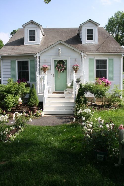 Cute shabby cottage