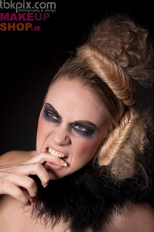 #LASplashCosmetics Makeup by #MAMUskinartist & photographer #tbkpix for #makeupshop.ie