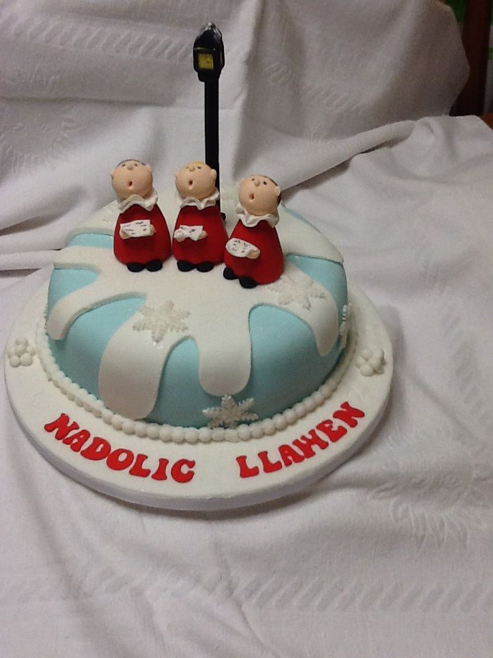 Christmas cake cakes and decorating Pinterest