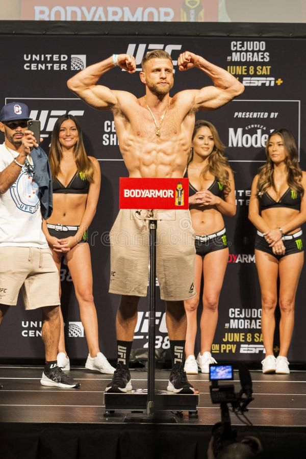 Calvin Kattar Weigh In Royalty Free Stock Images Sponsored Weigh Kattar Calvin Royalty Images Ad Sports Images Ufc Calvin