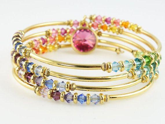 Rainbow Beaded Bracelet Memory Wire Wrap di OstaraMoonJewelry