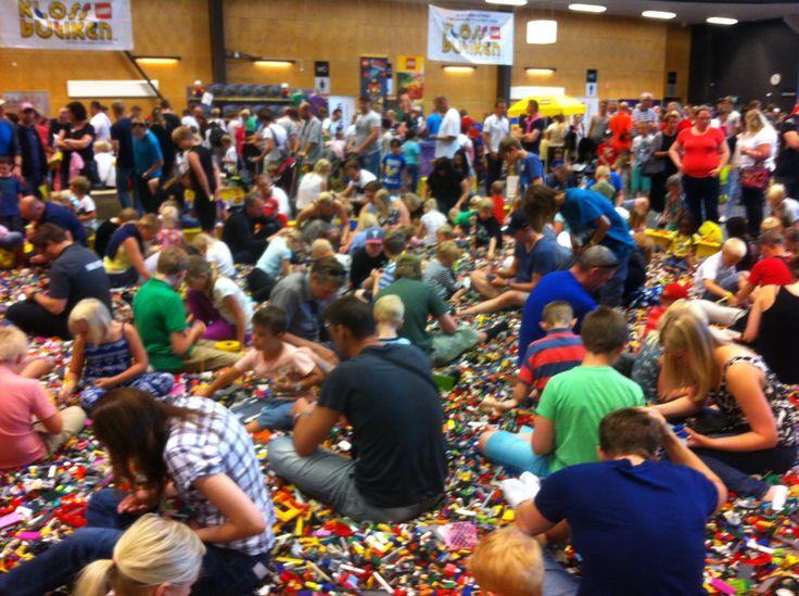Klossfestivalen Sveriges största LEGO® event! i Örebro 10-12 juli 2015