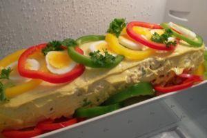 Currykanavoileipäkakku ( TODELLA HELPPO ! )