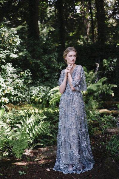 A Line Evening Dresses Blue Appliques Sequins Tulle Floor Length Celebrity Dress Deep V Neckling Back Formal Prom Gowns
