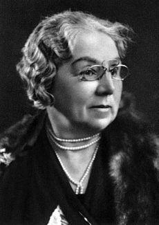 Ľudmila Podjavorinská, vlastným menom Ľudmila Riznerová (* 26. apríl 1872, Horné Bzince, teraz Bzince pod Javorinou – † 2. marec 1951, Nové Mesto nad Váhom) bola slovenská prozaička a poetka, autorka lyricko-epických i epických básní.