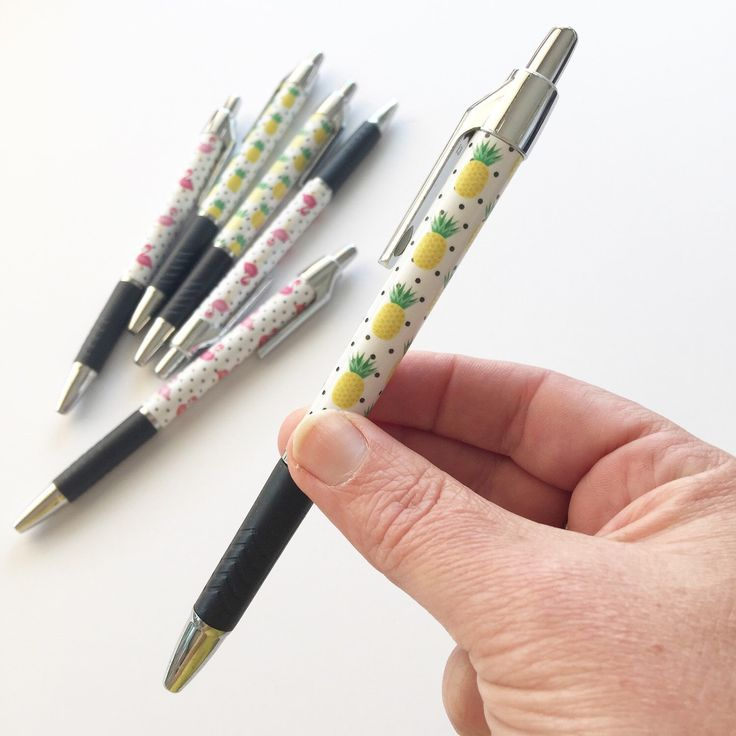 NEW PRODUCT!  I have just finished uploading our new pineapple and flamingo pens to our shop  #stationeryaddict #flamingolove #pineapplelove