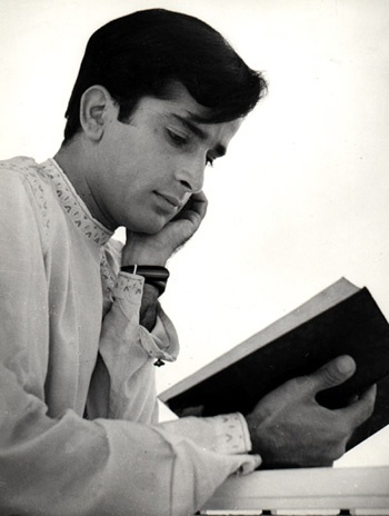 I wonder what he's reading #ShashiKapoor