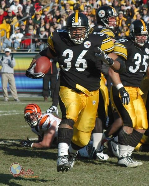 Jerome Bettis... my personal favourite Steeler! so much I named my Boxer after him!