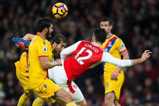 SCORPION KING! xD First pin of 2k17? Soccer! - Arsenal 1-0 Crystal Palace live score and goal updates from the Emirates (Olivier Giroud scores the opening goal) | Arsene Wenger's men welcome the Eagles to the Emirates in need of all three points to stay in touch in the Premier League title race