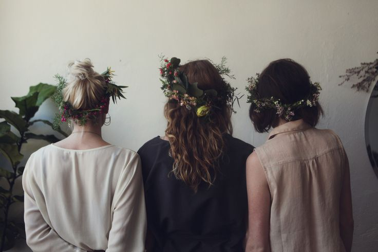 The right way to flower crown