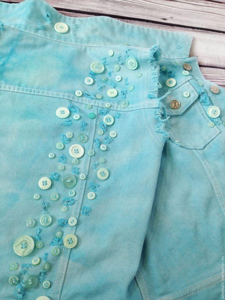 Купить Дизайнерская джинсовая жилетка, креативно окрашена вручную - Жилет женский, жилет, джинсовая куртка