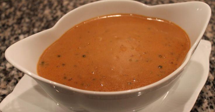 Denne sauce lavede jeg til nytår som tilbehør til oksemørbrad. Det er en fyldig sauce, så den egner sig fortrinligt til rødt kød.     1 ...