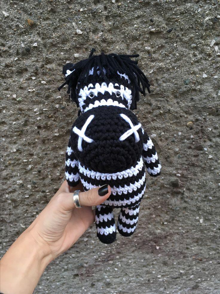 Ručne háčkovaná zebrička  #crochet #zebra #crochettoy