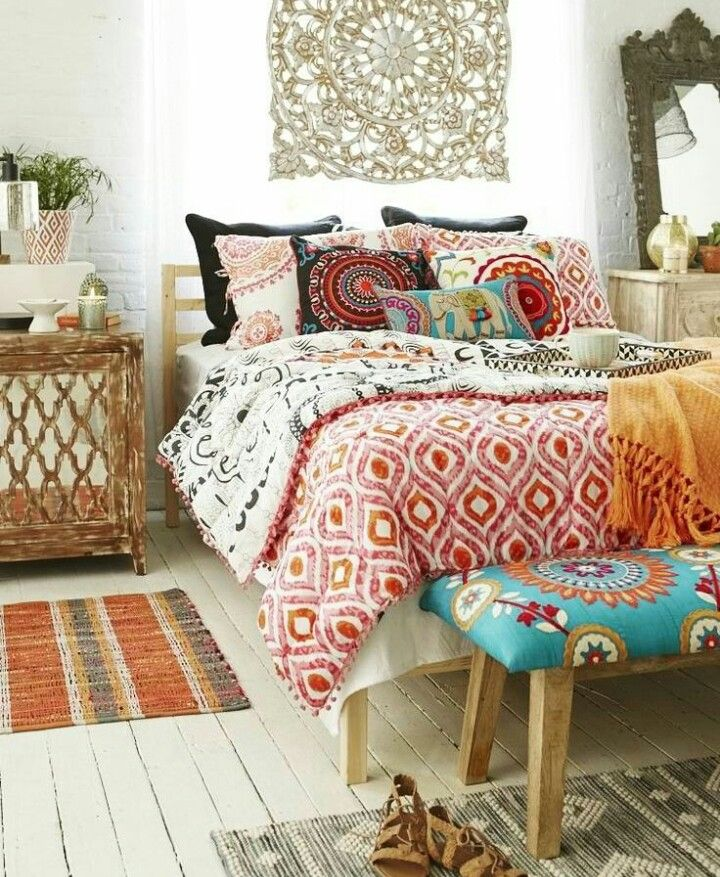 Colorful Bohemian Rooms: African Inspired Interior Design Ideas