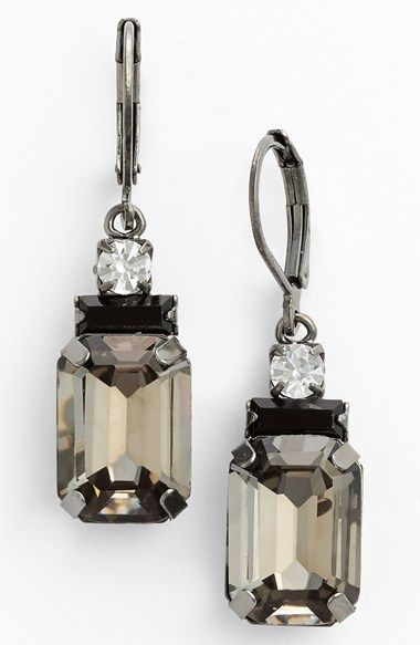 in love with these drop earrings
