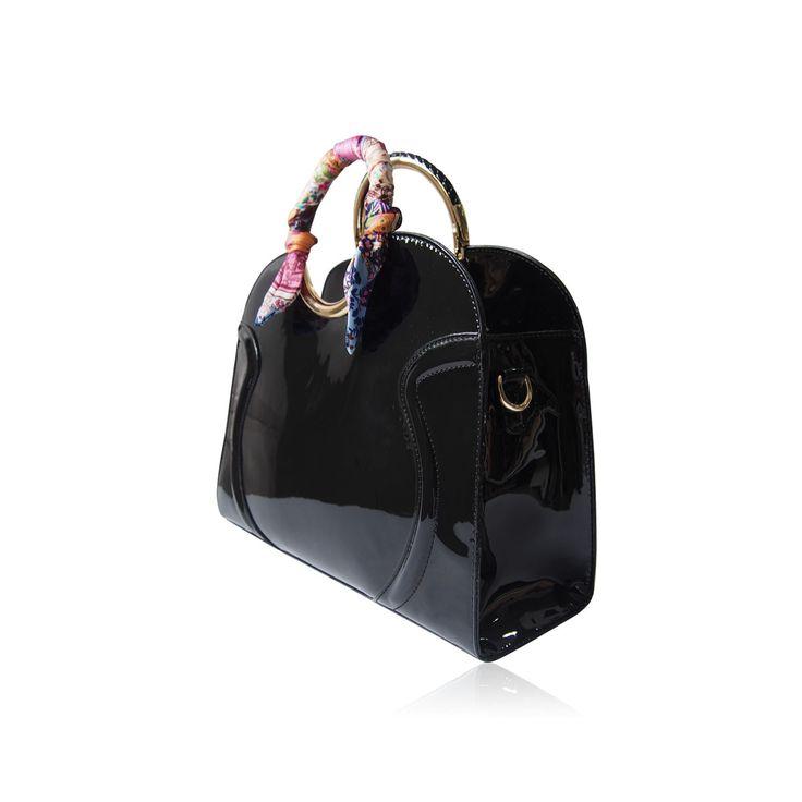 Černá lesklá kabelka Lydc London do ruky. Cena: 1189,--